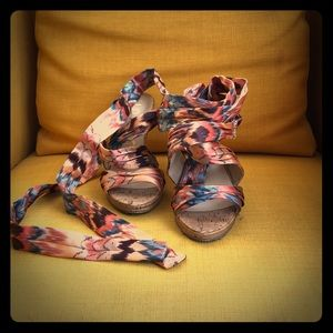 Unisa colorful ankle/calf wrap heels